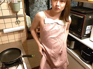 Masturbation with a naked apron