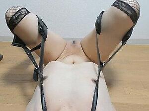 Orgasm play with nipples