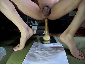 Squeeze some milk with handsfree anal dildo! No155-20210626