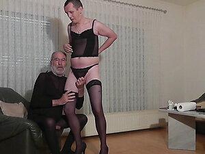 saugeiler striptease