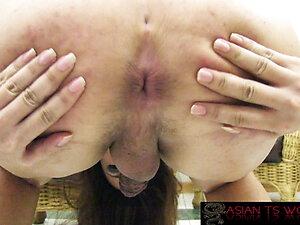 Sexy trans slut in lingerie