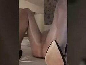 Crossdresser in velvet play with ass