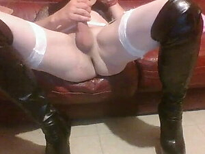 wank on the couch