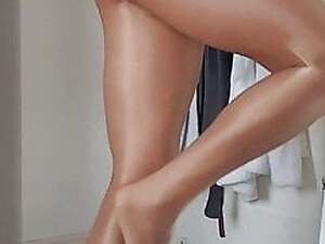 Me in pantyhose